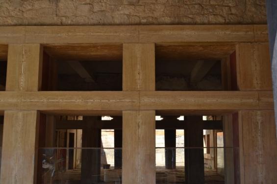 Вентиляционные каналы в зал приёмов дворца