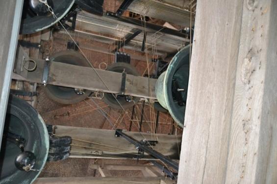 Музыка в башне в Брюгге